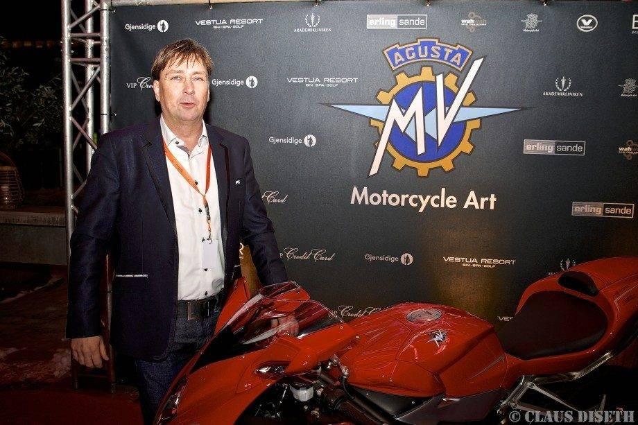 Frank Rølsåsen hos MV Agusta-importør Erling Sande, var blid som ei lerke under torsdagens lansering av det italienske mc-merket.